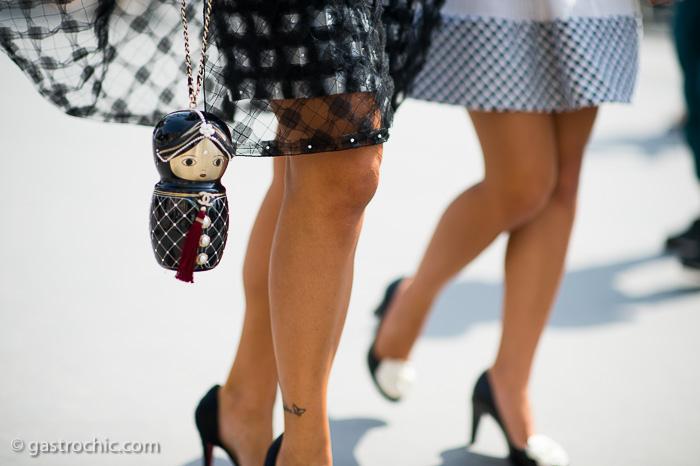 Chanel Matriochka Bag, chanel bag street style, le 21eme street style