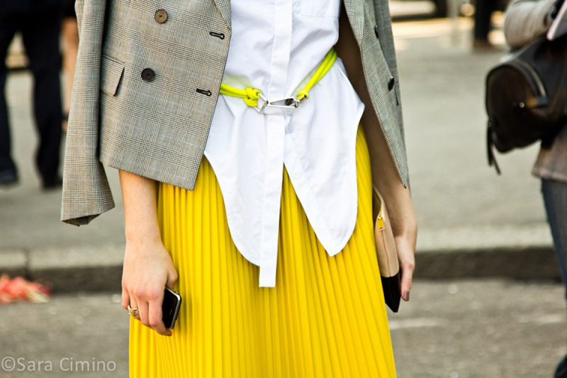 yellow outfit ideas, yellow street style, yellow street style (7)