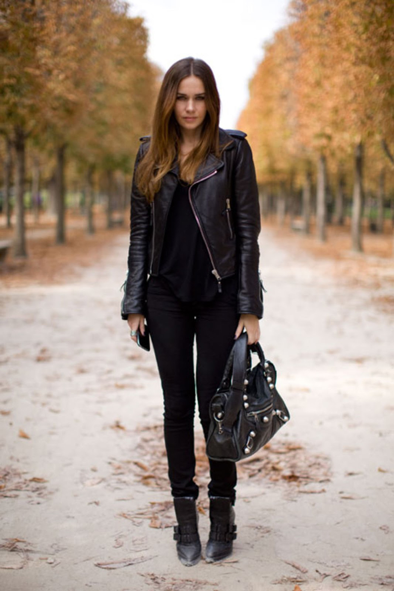 black inspiration, black street style, all black (28)