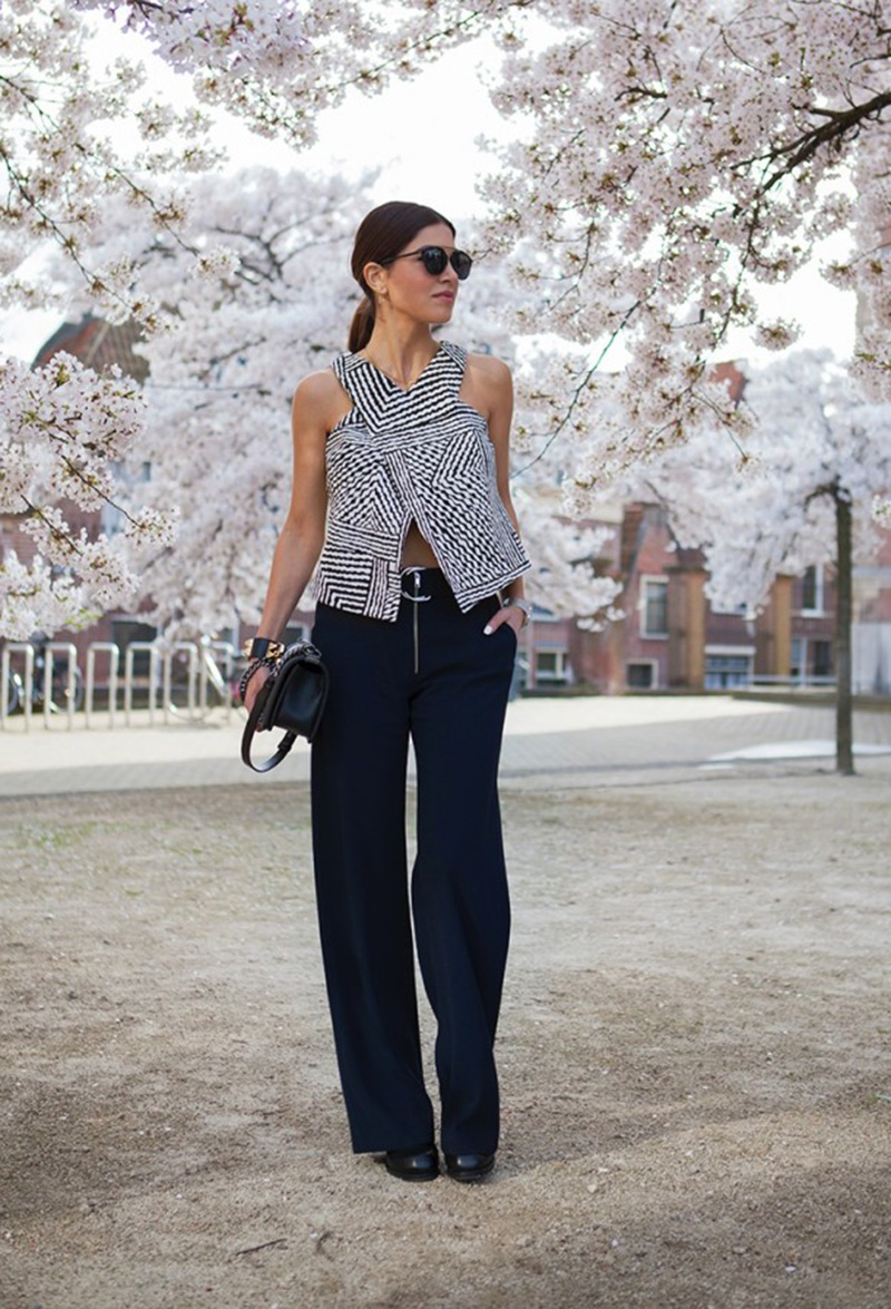 crop top, crop top street style, wide leg pants, Negin Mirsalehi