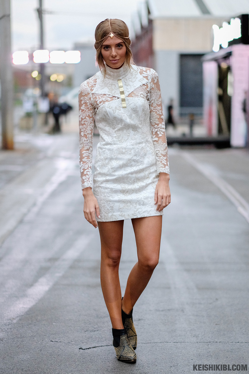 look of the day ||WHITE LACE. ROCHELLE FOX