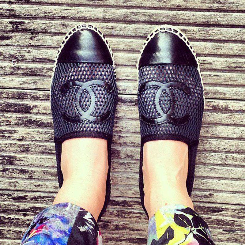 chanel espadrilles, chanel espadrilles street style (21)