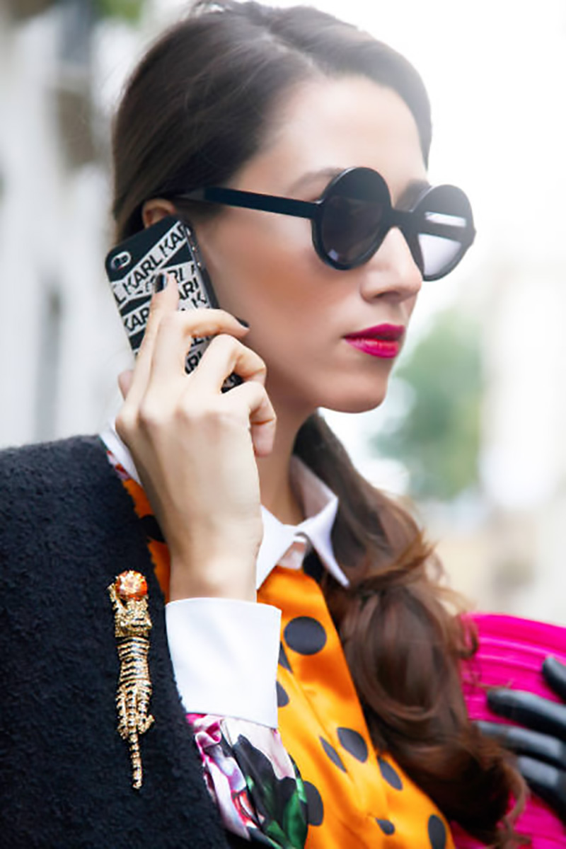 round sunglasses, gold brooch