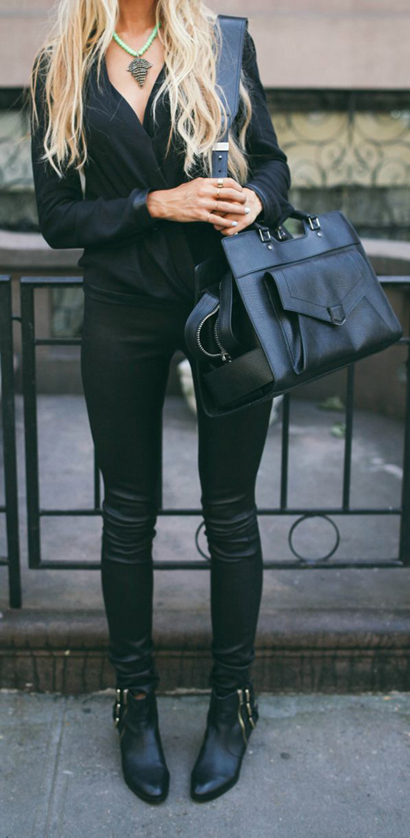 black inspiration, black street style, all black (3)