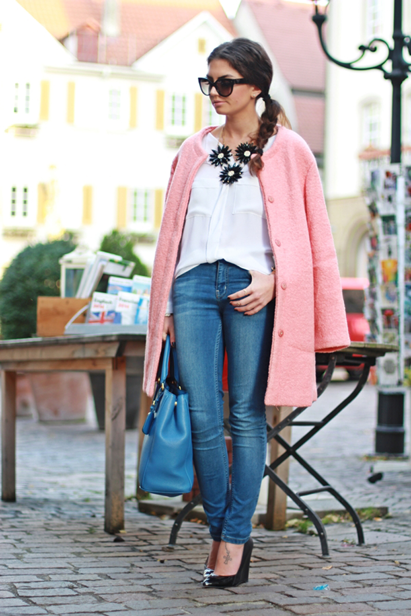 pink oversized coat, oversized coat, pink coat street style