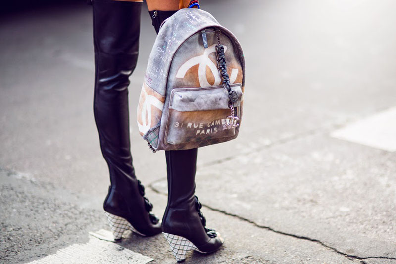 chanel canvas backpack, chanel backpack, chanel canvas grafiti backpack (16)