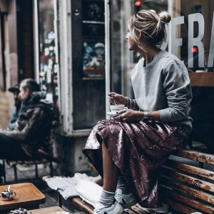 Veja Sneakers Or How To Look Cool In Sustainable Shoes & 24 Street Style Pics To Prove It (17)